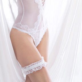 Body string transparent